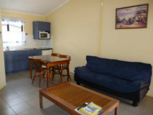 Deluxe Family Apartment at Moura Motel